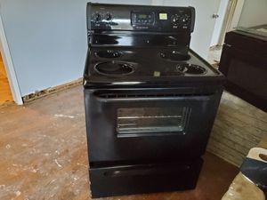 Both appliances Fridgerdare. Great condition. for Sale in Atlanta, GA