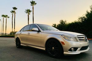 2009 Mercedes C300 AMAZING !! for Sale in Fontana, CA