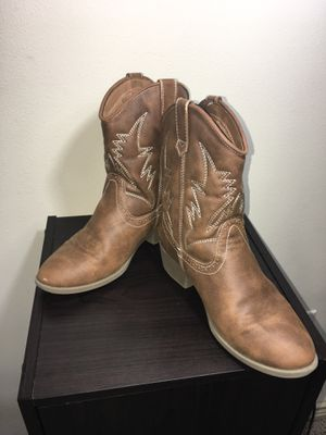 Kids girls boots size 3 for Sale in Houston, TX