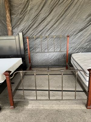 All SolidWood And Wrought Iron Beautiful Queen Size Bed Frame In Excellent Conditions for Sale in Ocala, FL