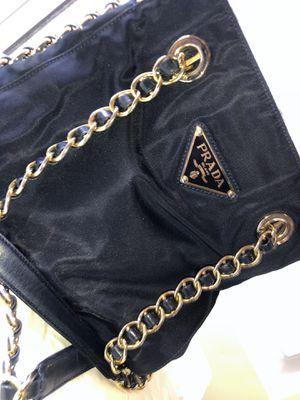 Prada Chain length shoulder bag (AUTHENTIC) for Sale in Elk Grove, CA