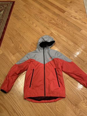 Brand new Nike runner jacket sz small for Sale in Queens, NY