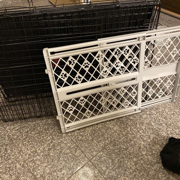 INEXPENSIVE dog cage with doggy fence