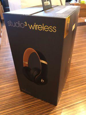 Studio 3 beats headphones for Sale in Houston, TX
