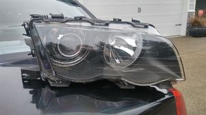 RH side Hid headlight assy for 1999 - 2003 bmw 3 series for Sale in Puyallup, WA