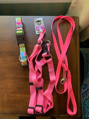 Never used/ Large Pink Step in harness/ pink leash/ multicolored dog collar for Sale in Dundalk, MD
