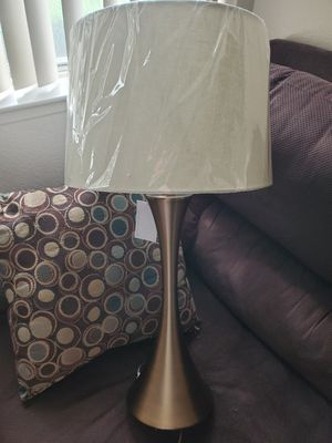 GRANDVIEW GALLERY 2 NEW BEAUTIFUL LAMPS 29 INCH LAMPS! TABLE LAMPS! NEW IN BOX 3 WAY SWITCH VERY NICE! MAKE OFFER TODAY for Sale in Atwater, CA
