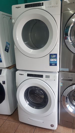 Whirlpool washer and dryer for Sale in Hawthorne, CA