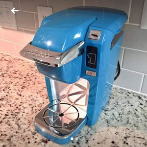 PICK up in KYLE TEXAS BLUE KEURIG coffee maker $35 firm not $25 but $35 for Sale in Kyle, TX