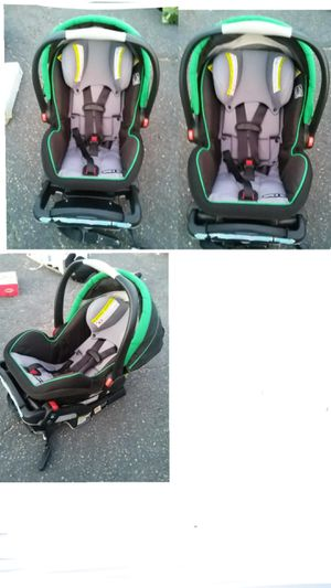 reclining car seat for infant with 8 points to recline for Sale in Las Vegas, NV