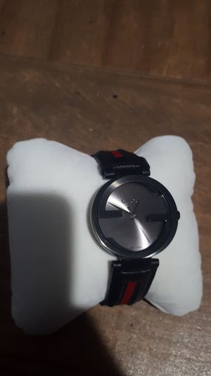 Gucci watch 133.2 for Sale in San Jose, CA