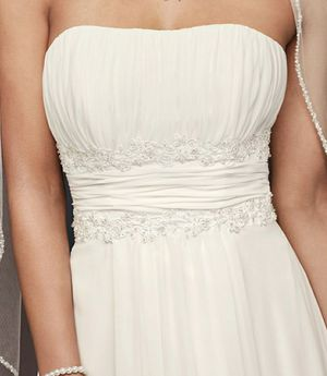 Wedding Dress for Sale in Whitehall, OH