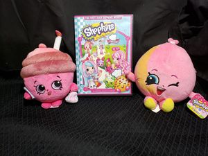 Shopkins chefs club DVD and 2 plushies for Sale in Zanesville, OH