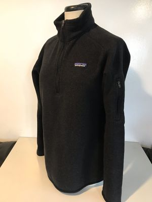 Patagonia women's warm sweater Fleece inside Size women's XL for Sale in Everett, WA