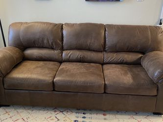 Three Seat Couch for Sale in Columbus,  OH