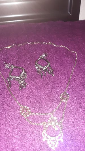 Necklace set for Sale in Cross Timber, TX