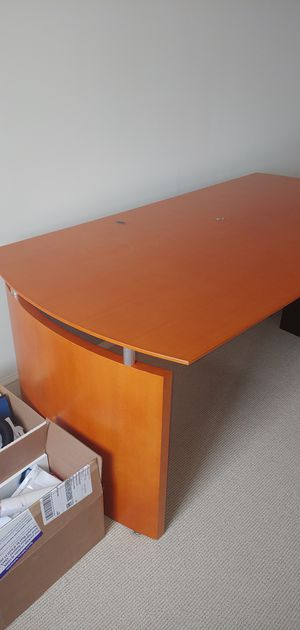 """High quality desk, well made, solid. Approx. 6' x3'x 26"""" high for Sale in Arlington, VA"""