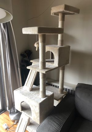 Large cat tree needs to go for Sale in Washington, DC