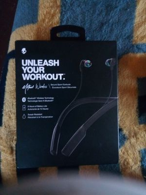 Headphones method wireless for Sale in Pittsburgh, PA