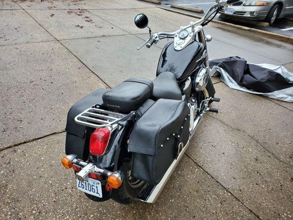 2003 Honda Shadow 750 - 11k miles