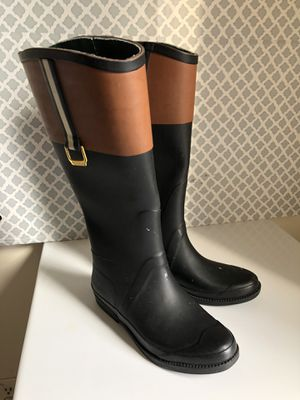 Tommy Hilfiger rain boots for Sale in Jersey City, NJ