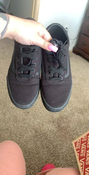 Size 6 VANS used maybe 2-3 times still look newlook new... MPU for Sale in Albuquerque, NM