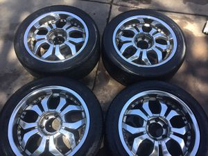 Chevy Rims 6 lugs R20 for Sale in Fresno, CA