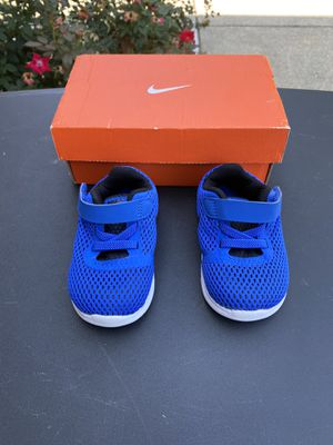 Nike shoes for kids (size 4) for Sale in Frisco, TX