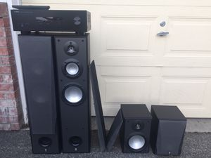 Yamaha Stereo Tower speakers and bookshelf speakers for Sale in Kent, WA