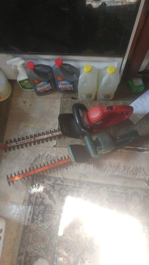 2 black indecker trimmer s for Sale in Onawa, IA