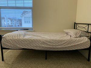 Twin bed for Sale in O'Fallon, MO