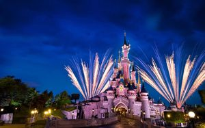 Looking for cheap Disneyland tickets for Sale in Selma, CA