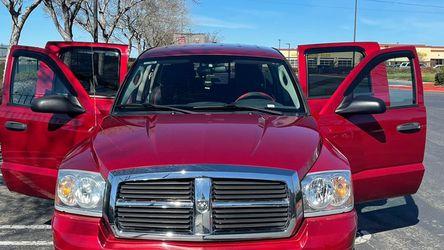 2007 Dodge Dakota SLT for Sale in Tracy,  CA