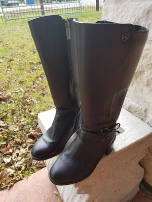 MICHAEL KORS LITTLE GIRLS HIGH TOP ZIPPER BOOTS..((SIZE 2))..BLACK PERFECT CONDITIONS for Sale in Houston, TX