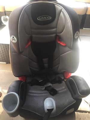 Baby seat 100lb booster for Sale in Los Angeles, CA