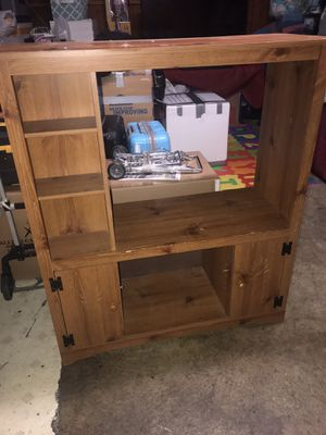 Free entertainment center wood for Sale in Union City, CA