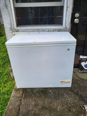 Deep freezer for Sale in Fort Lauderdale, FL