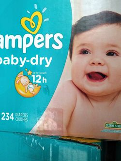 Pampers Size 2 /234 Count for Sale in East Los Angeles,  CA