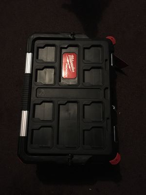 Milwaukee tool box for Sale in Las Vegas, NV
