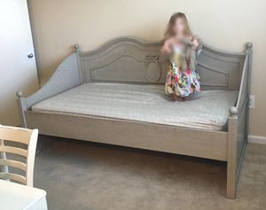 Ashley furniture daybed frame for Sale in Matthews, NC