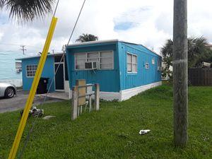 Bonito tráiler for Sale in Miami, FL