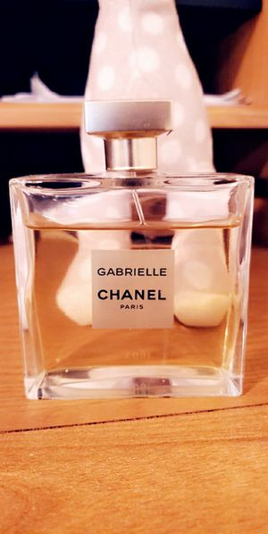 Chanel Gabrielle Paris 90% FuLL $50 for Sale in Federal Way, WA