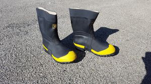 Rubber Boots Size 10 for Sale in Joliet, IL