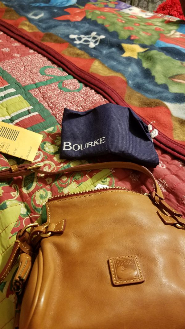 DOONEY AND BOURKE LEATHER CROSS body new