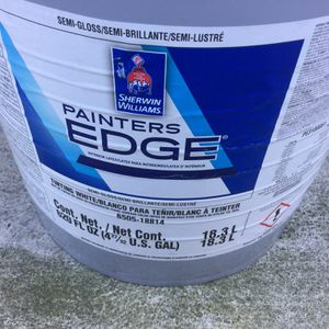 5 Gallons Interior Látex White Semi Gloss Paint for Sale in San Diego, CA