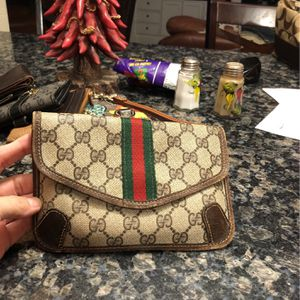 Gucci Make Up Pouch for Sale in West Palm Beach, FL