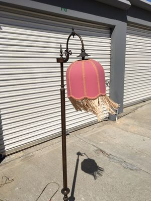 Vintage lamp for Sale in Chula Vista, CA