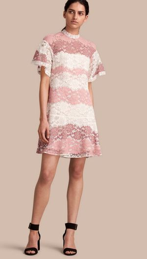 🎁Brand New!🎄BURBERRY Lace Dress, Ladies size 4🎁 for Sale in San Francisco, CA