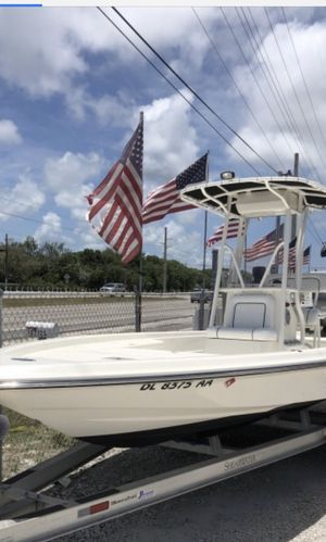 2008 22' SHEARWATER X2200 CENTER CONSOLE BAY BOAT IS POWERED BY A 2007 YAMAHA 150 FOUR STROKE WITH LOW HOURS, T-TOP, GARMIN GPSMAP 4208, GARMIN ECHO for Sale in Fort Lauderdale, FL