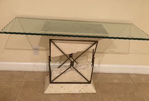 Side table with unique beveled glass top for Sale in Hollywood, FL